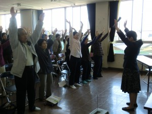 江南市高齢者教室草井笑いヨガ