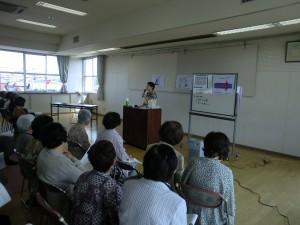 江南市高齢者教室宮田受講生の後姿